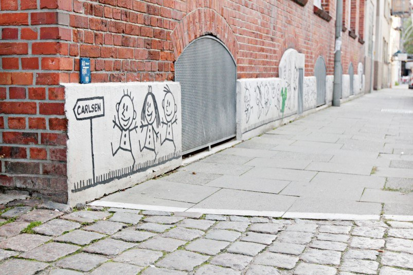 Backsteinklinker und Kinder-Graffiti: Sitz des Carlsen Verlags in Hamburg-Ottensen.